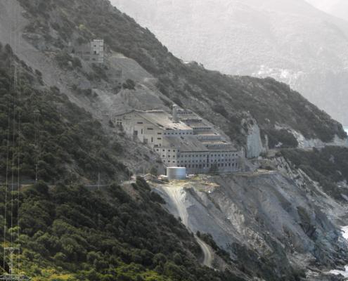 Vue de l'usine d'amiante de Canari